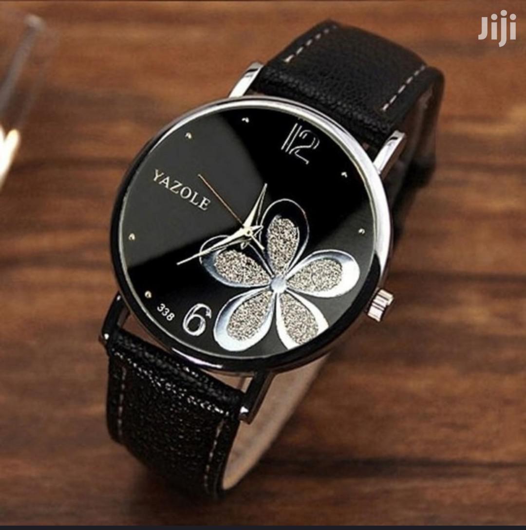 Archive: Ladies Quartz Wrist Watch