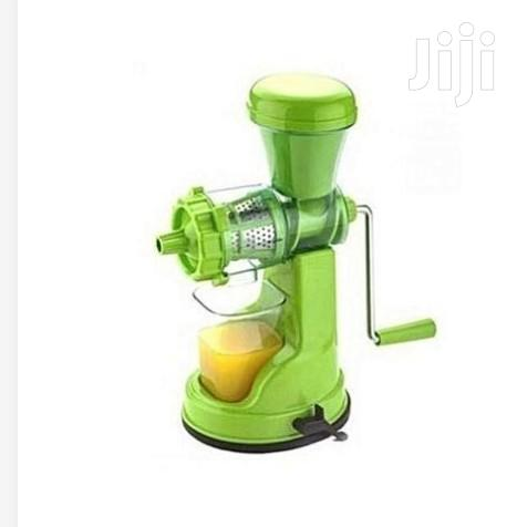 Archive: Manual Juicer