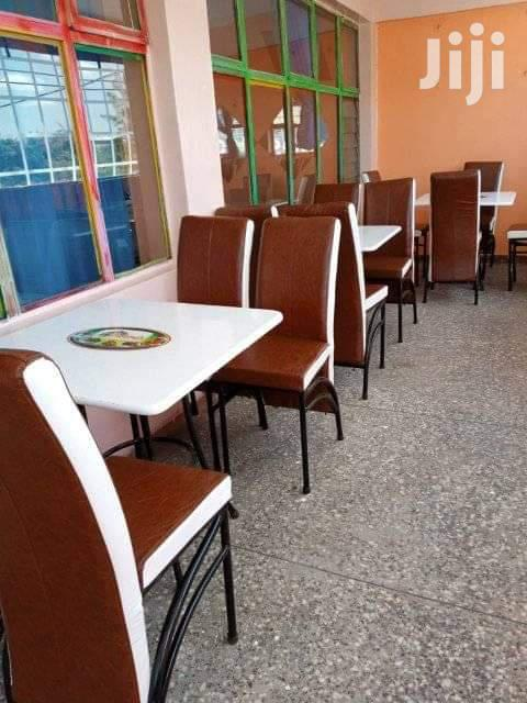 Executive Bar Tables and Chairs