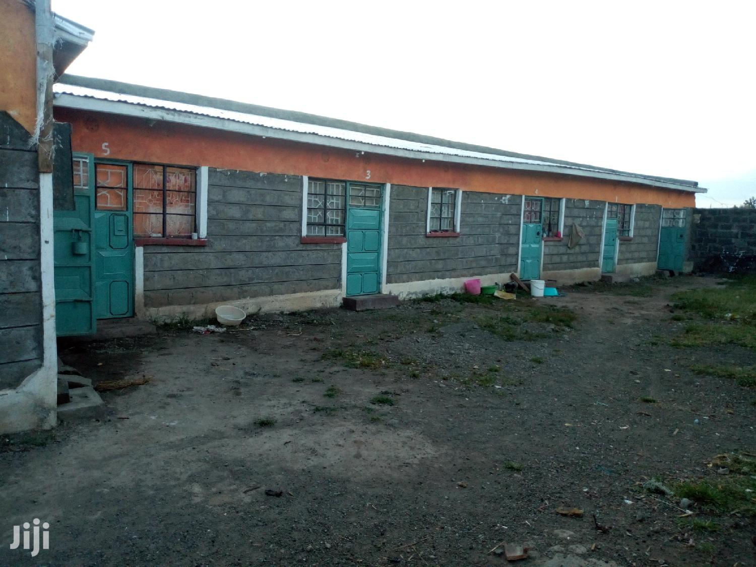 House For Sale In Lanet (Machine)