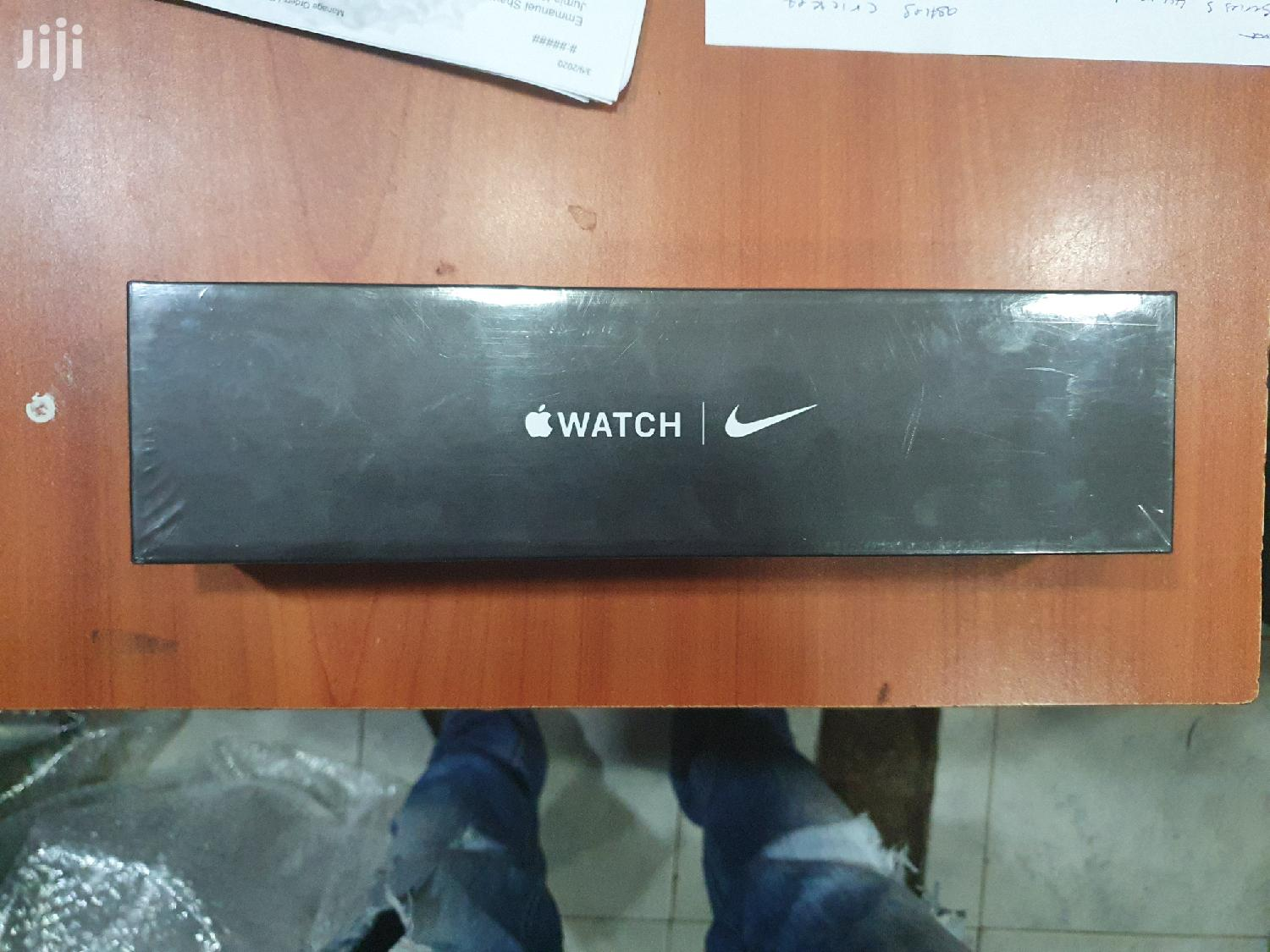 Apple Series 5 Nike Edition   Smart Watches & Trackers for sale in Nairobi Central, Nairobi, Kenya