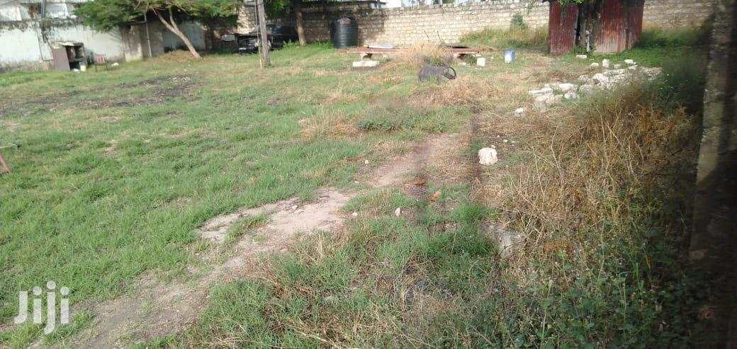 Archive: Prime 9000 Sqft Open Yard To Let Kizingo Area Mombasa City