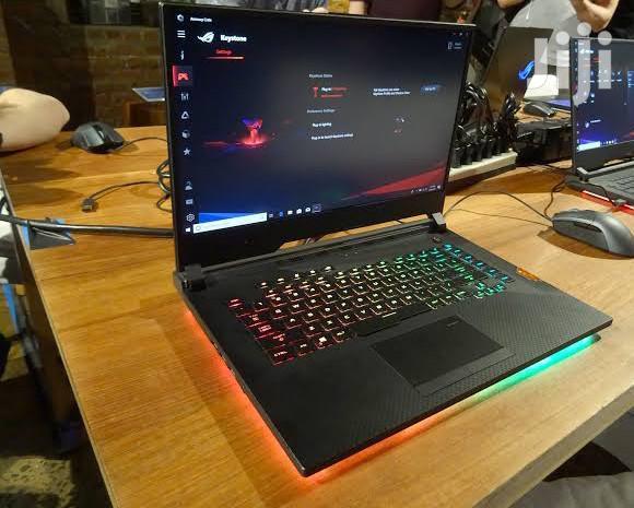Laptop Asus ROG G703 1TB HDD Core i7  8GB RAM