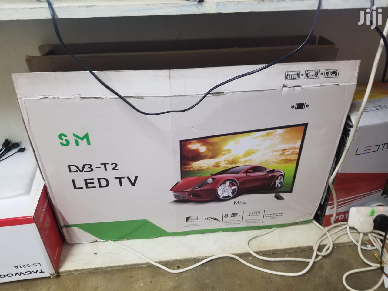 "Solarmax 32"" LED TV Ac/Dc"