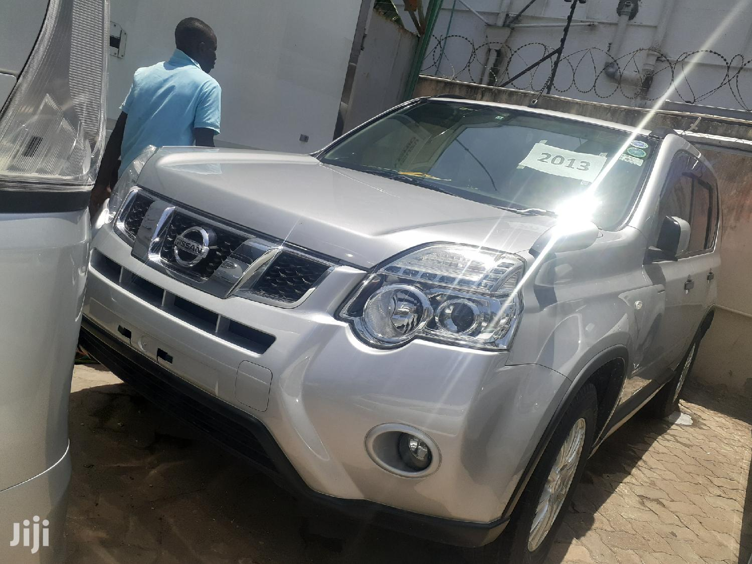 Archive: New Nissan X-Trail 2014 Silver
