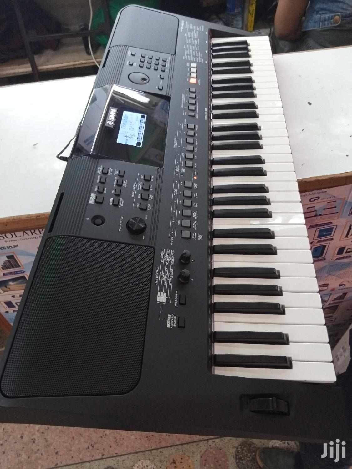 Archive: Yamaha PSR-E463 Keyboard