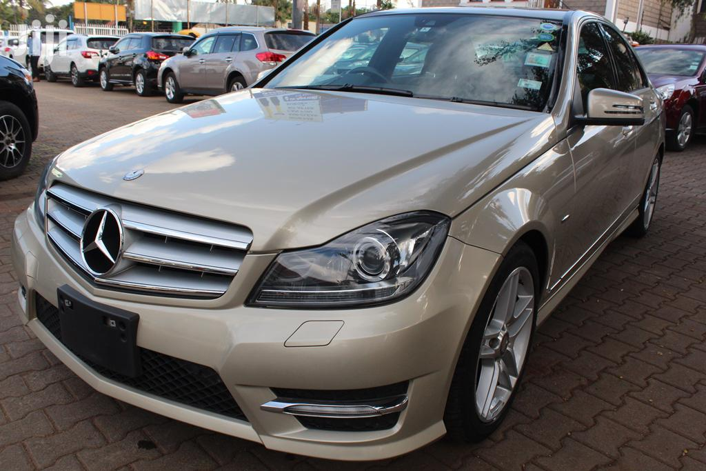 Archive: New Mercedes-Benz C200 2012 Gold