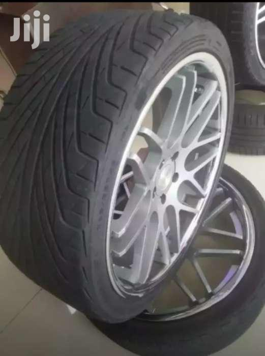 Size 22 BMW Rims With Tyres