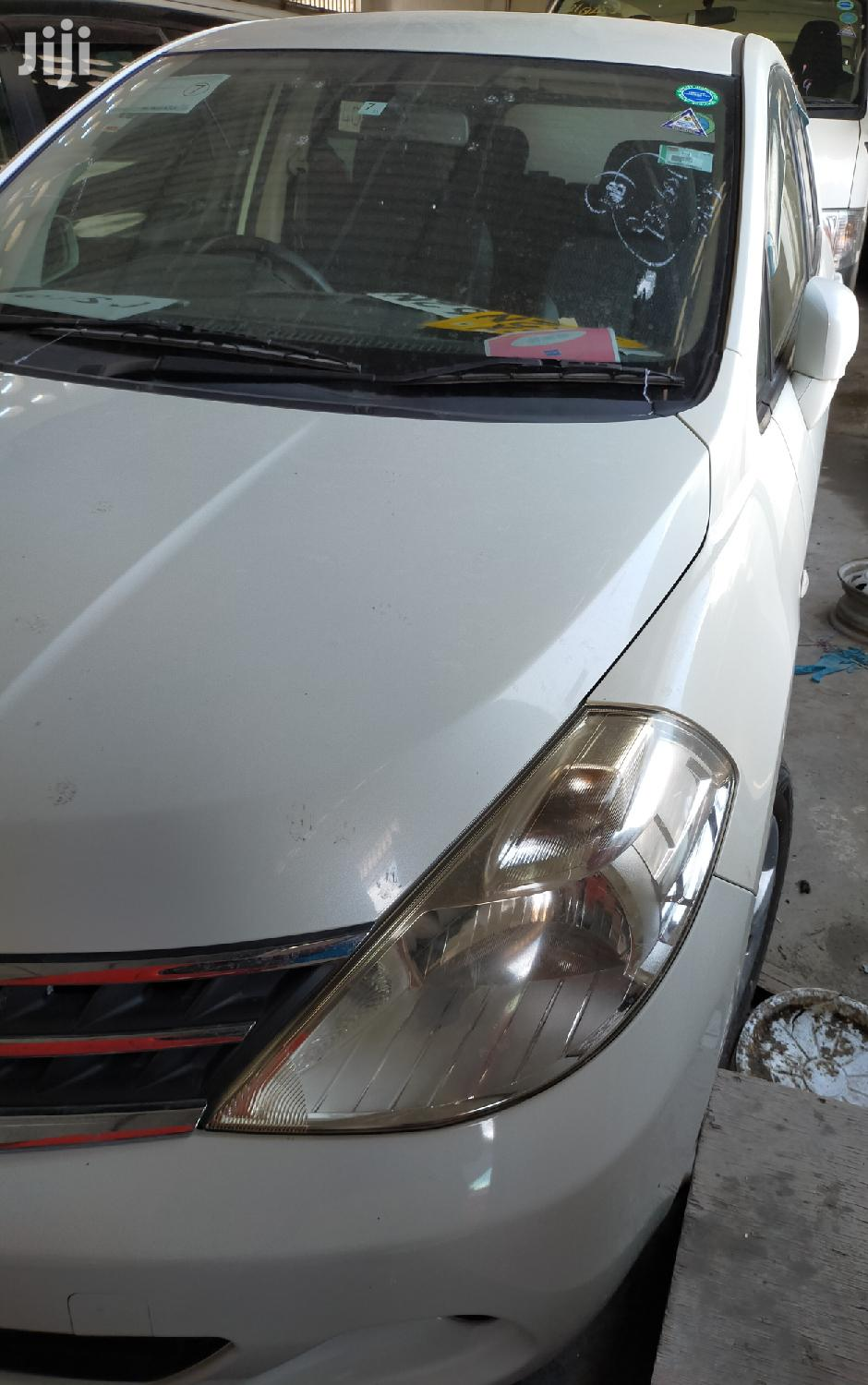 Archive: Nissan Tiida 2012 White