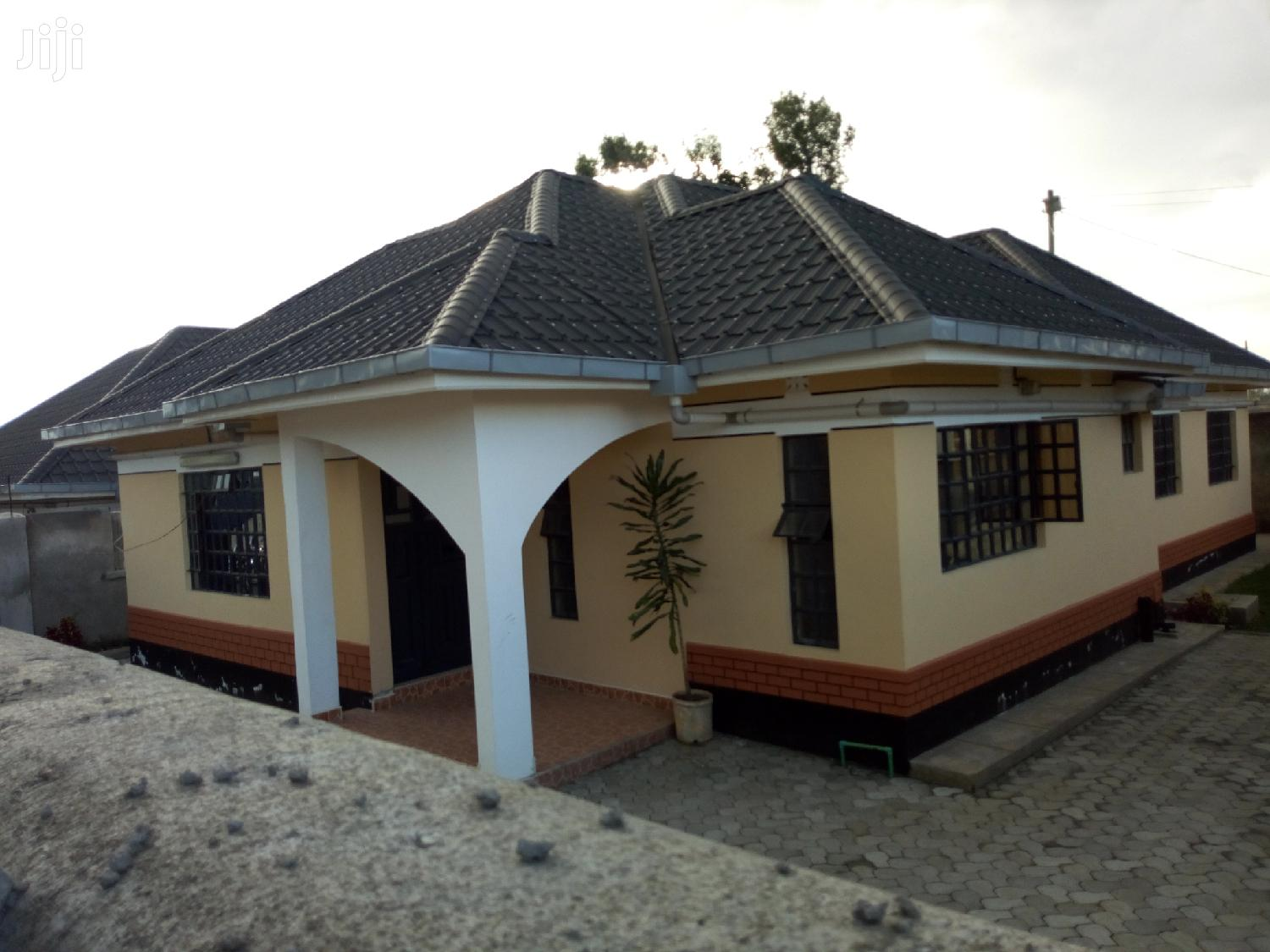 House For Sale In LANET