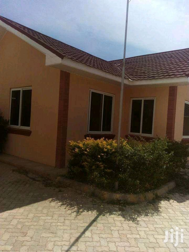 Luxurious 3bedr Bungalow To Let Located At Mombasa Bamburi Mtamboni