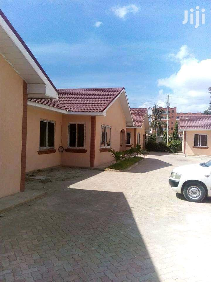 Luxurious 3bedr Bungalow To Let Located At Mombasa Bamburi Mtamboni | Houses & Apartments For Rent for sale in Kisauni, Mombasa, Kenya