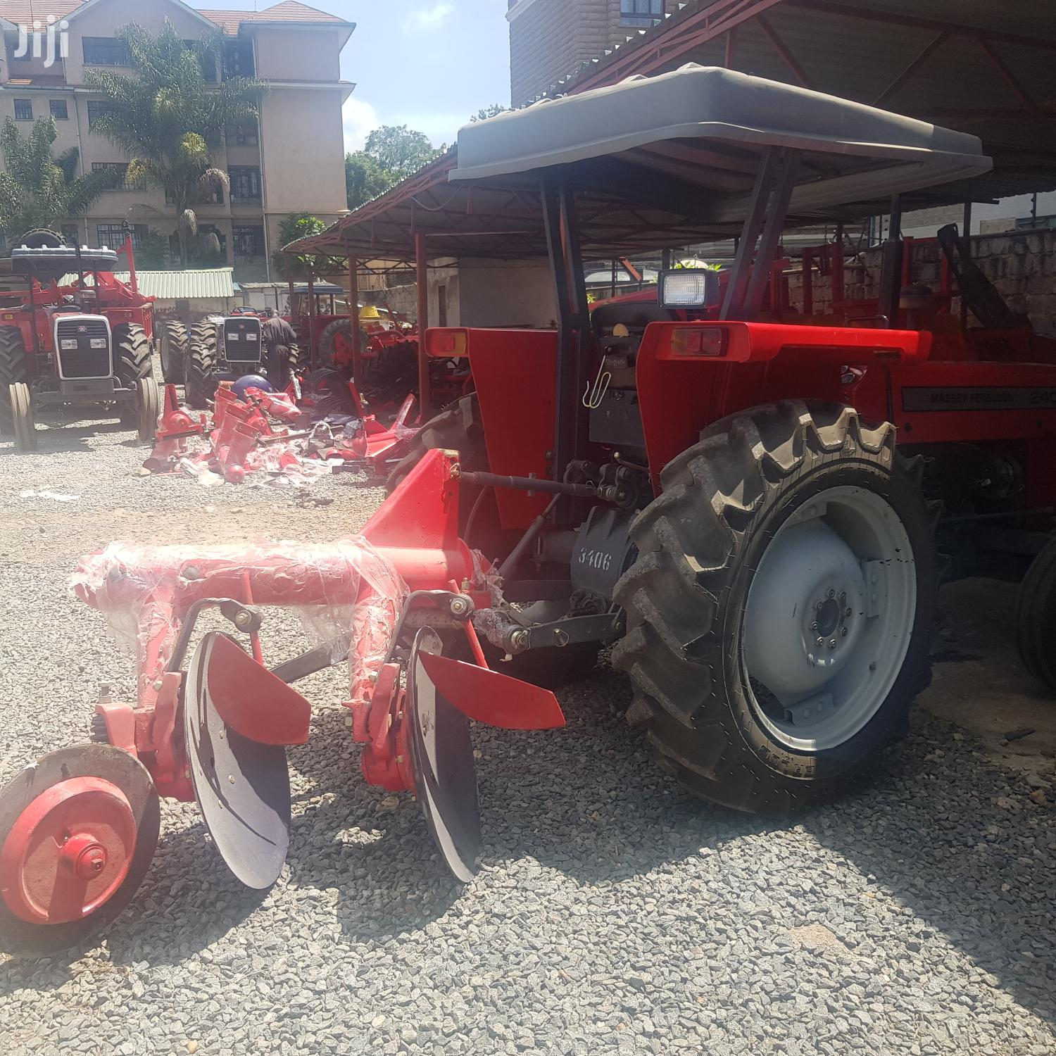 Mf 240 2wd Tractor+2disc Plough+4 Weights And Warranty.