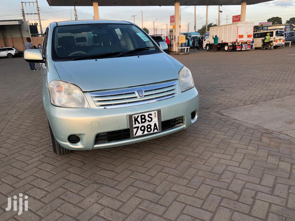 Archive: Toyota Raum 2005 Silver