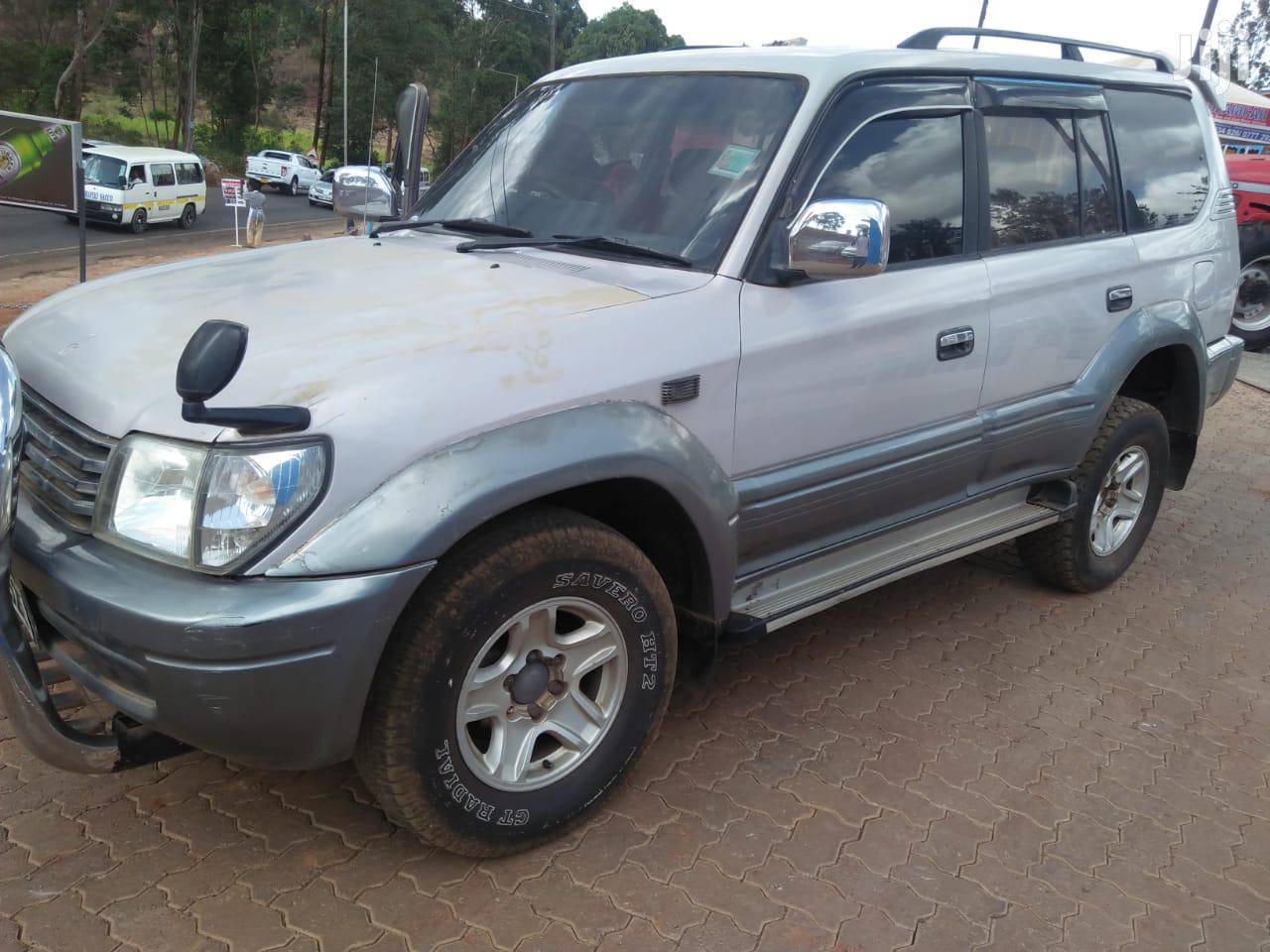 Toyota Land Cruiser Prado 2002 Silver