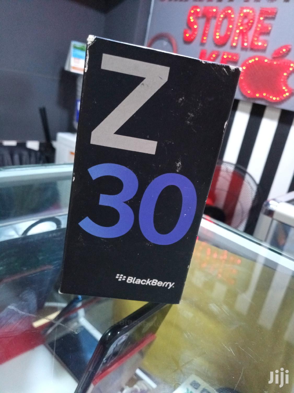Archive: New BlackBerry Z30 16 GB Black