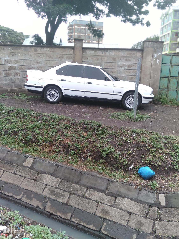 Archive: BMW 520i 1999 White