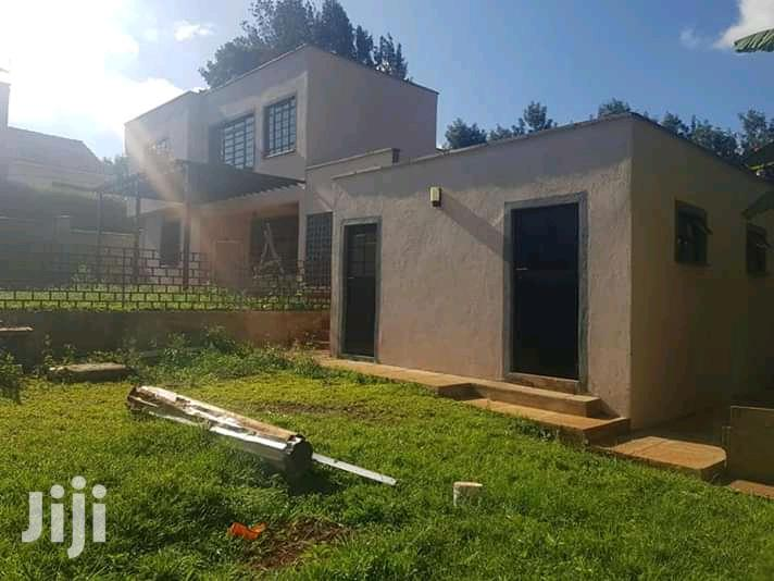 Archive: 4 Bedroom Own Compound Mwimuto