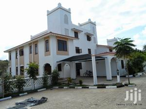 4 Bedroom Luxurious Villa Family Home On Sale At A Serene Secure Area   Houses & Apartments For Sale for sale in Mombasa, Nyali