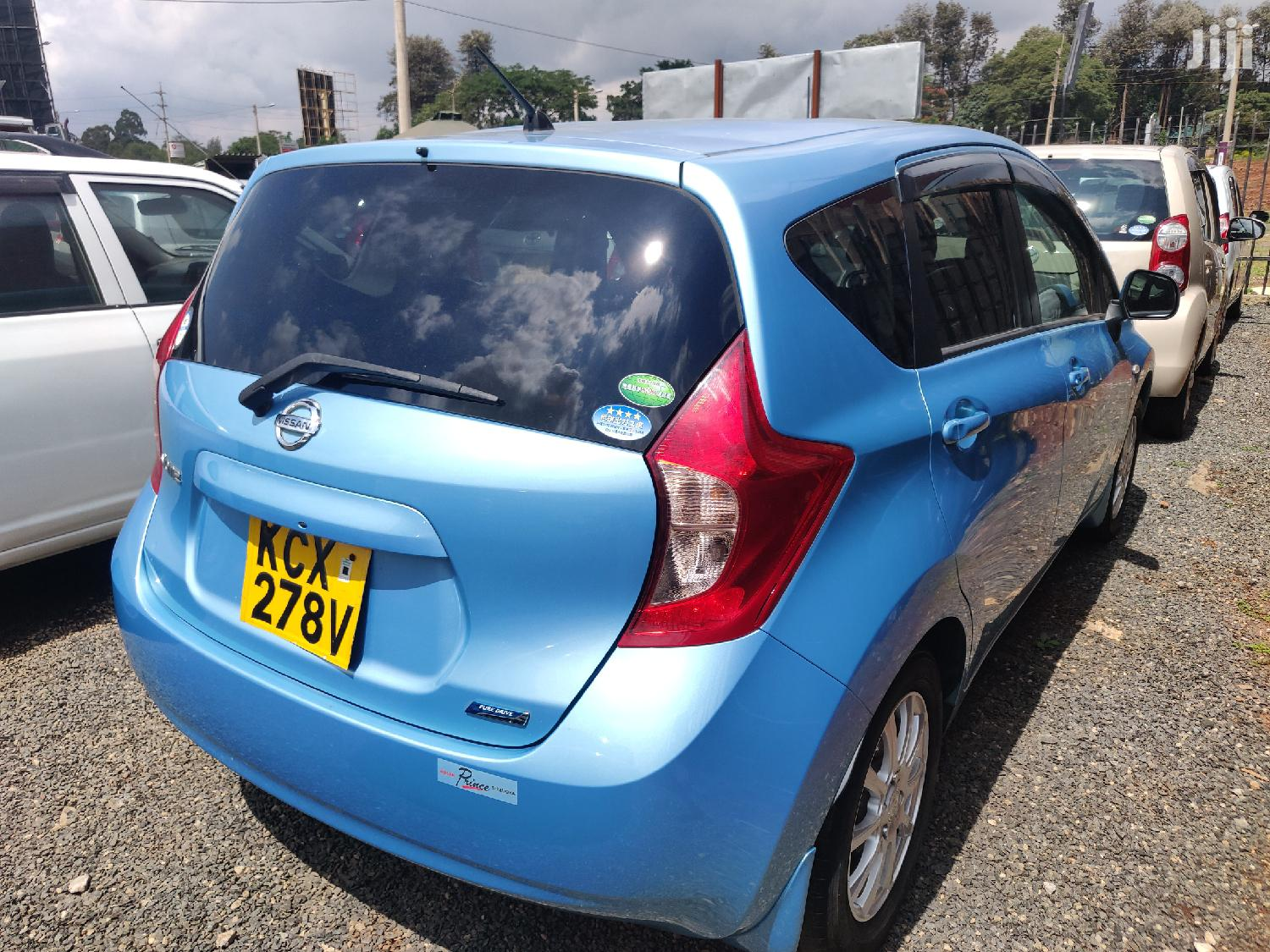 Archive: Nissan Note 2012 Blue