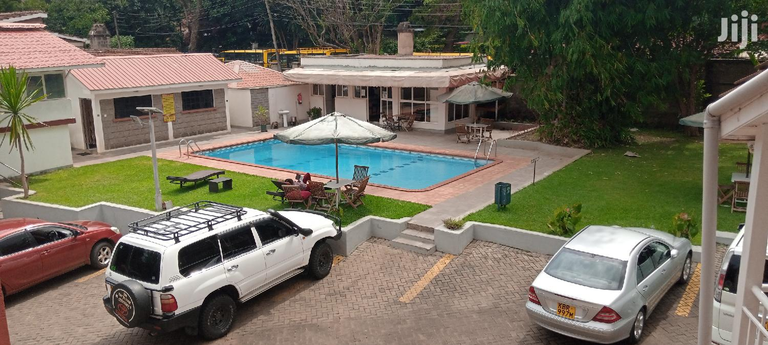 TO LET: UNFURNISHED Studio & One Bedroom Apartment In Kilimani To Let