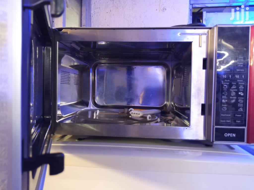Microwave With Grill
