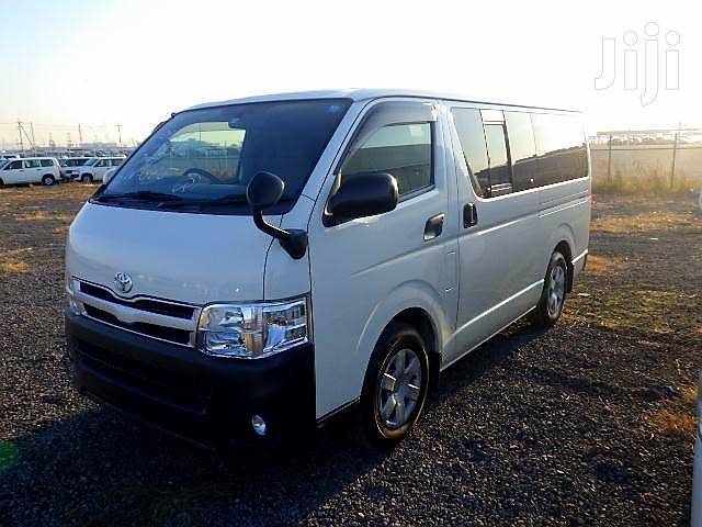 Toyota Hiace 7L Diesel 2013