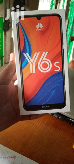 New Huawei Y6s 32 GB Black