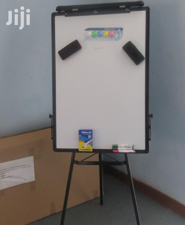 Flip Chart Stand / Board 3*2ft Available