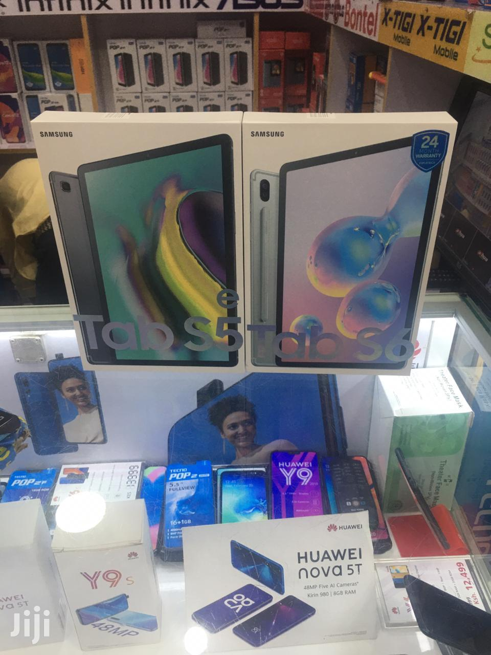 Archive: New Samsung Galaxy Tab S5e 64 GB Black