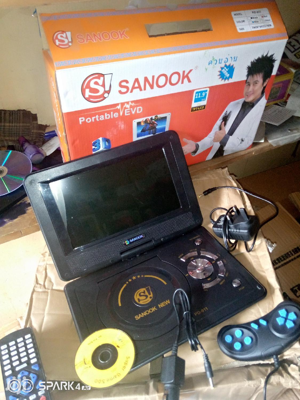 "New Sanook 11.9"" Portable EVD Player"