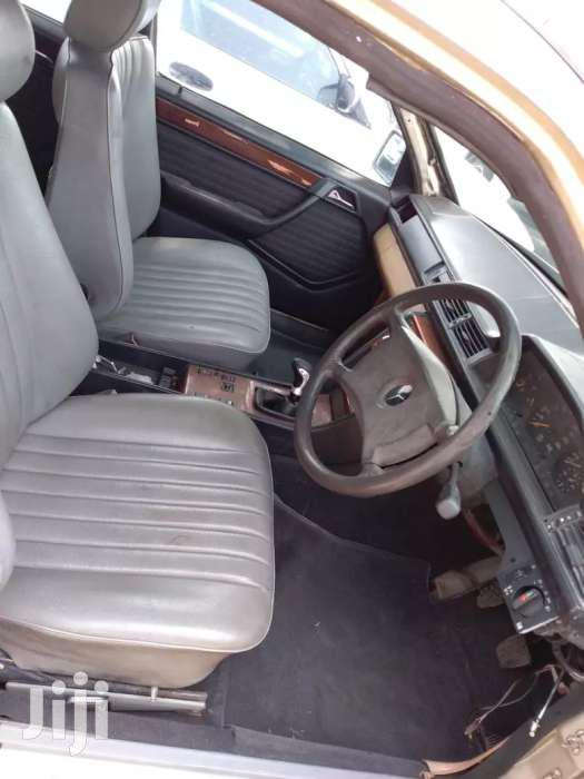 Archive: Mercedes W124 E200 Manual M102 Fd Engine