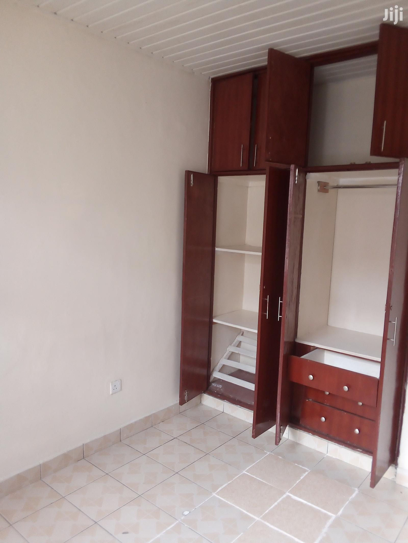 One Bedroom Apartment to Let in Parklands | Houses & Apartments For Rent for sale in Parklands/Highridge, Nairobi, Kenya