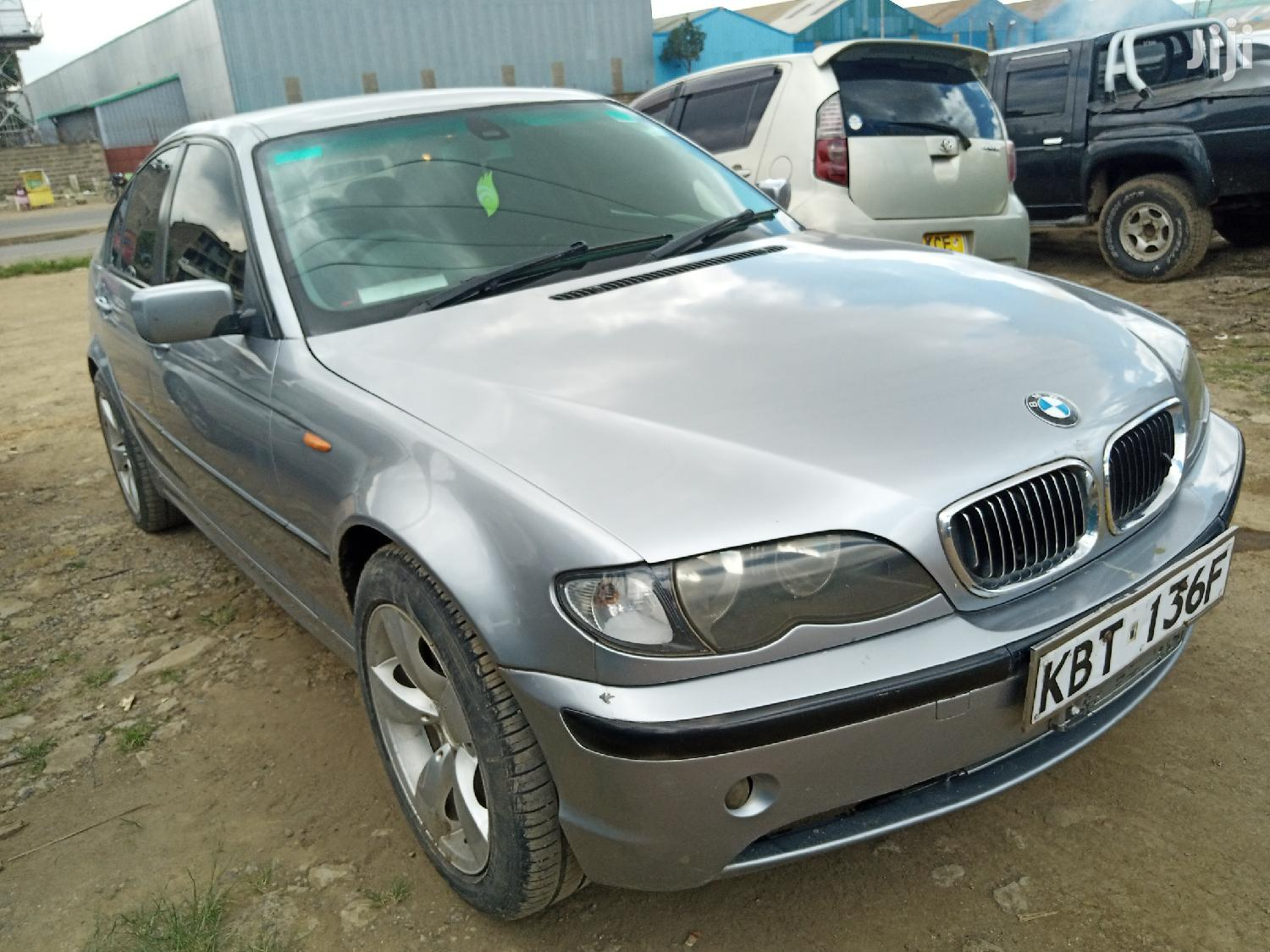 Archive: BMW 318i 2005 Silver