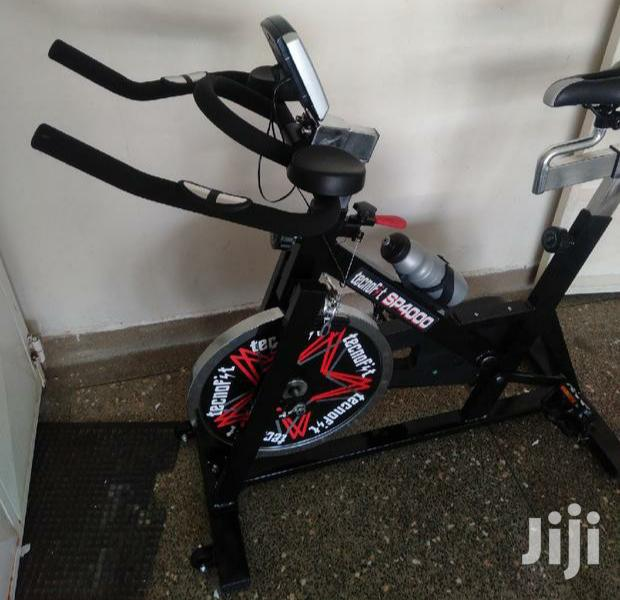 Stationary Gym Spinning Exercise Bikes 15kg Flywheel