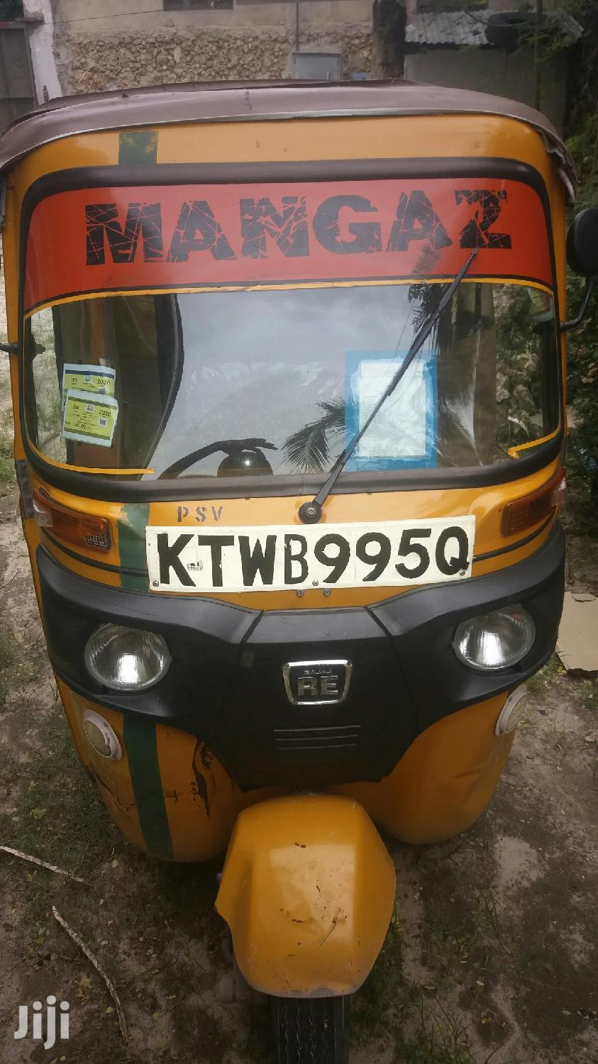 Archive: Bajaj RE 2016 Yellow