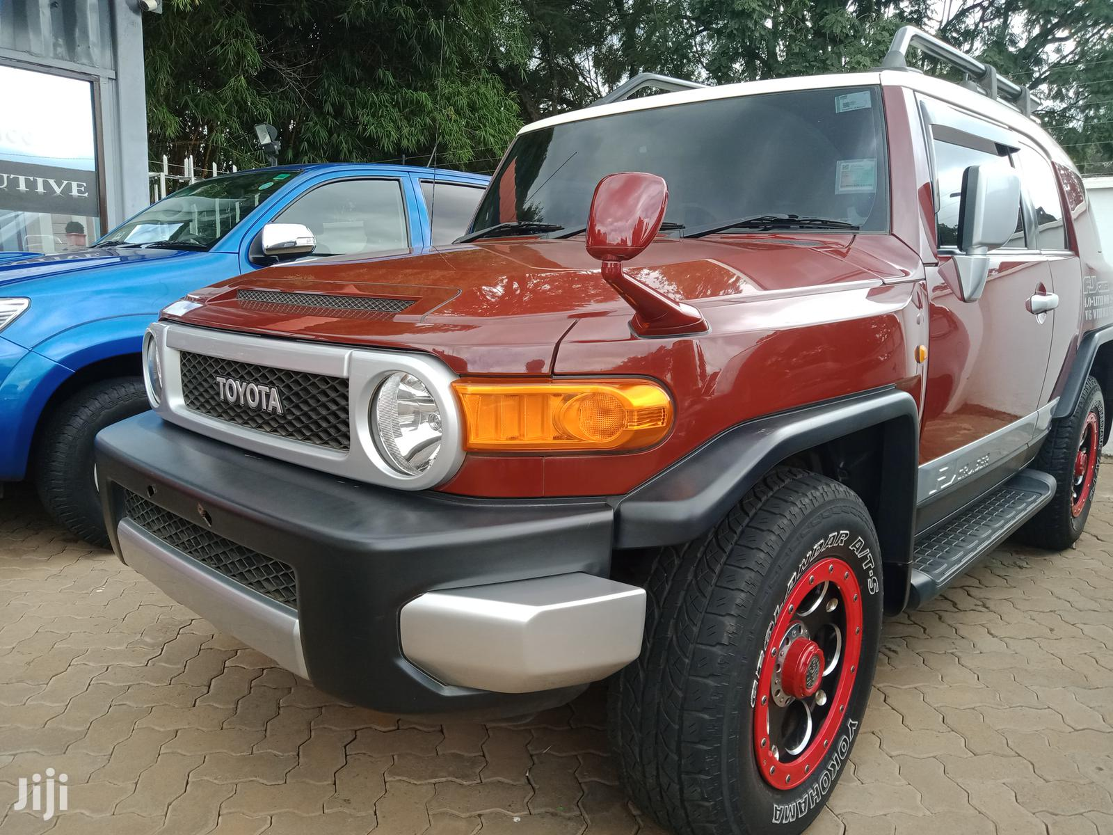 Archive: Toyota FJ Cruiser 2011 4x4 Automatic Red