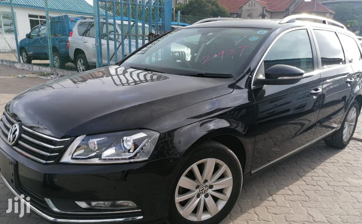 Volkswagen Passat 2012 Black
