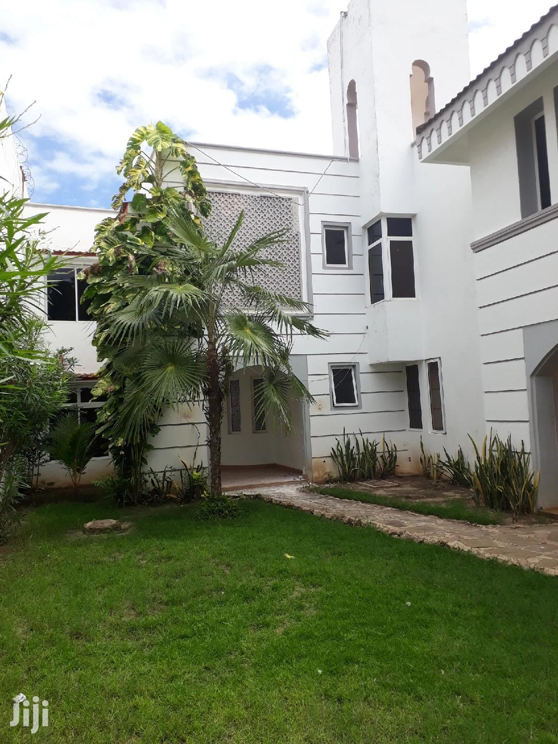 To Let 5 Bedrooms Massionate Nyali