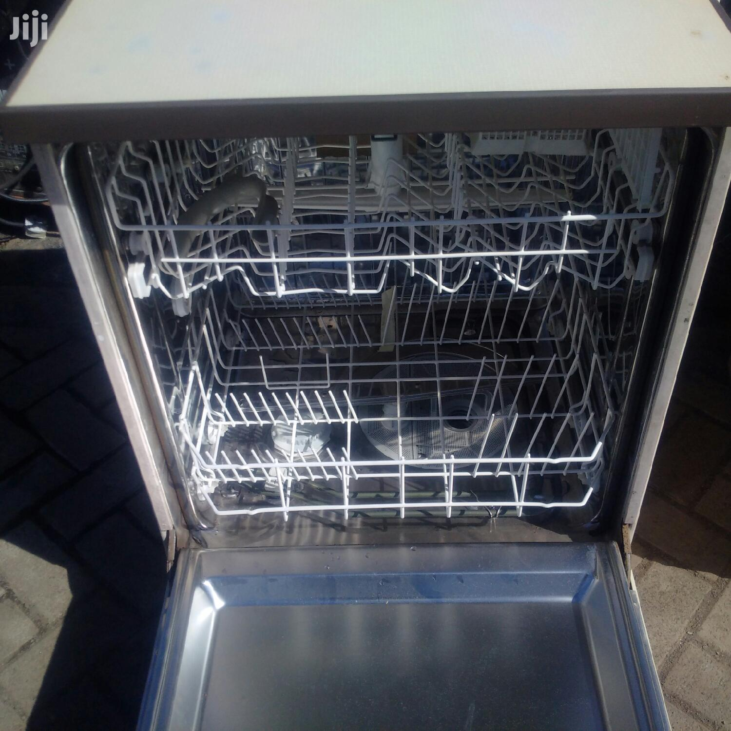Hotpoint Super Plus 7821 Dishwasher | Kitchen Appliances for sale in Nairobi Central, Nairobi, Kenya