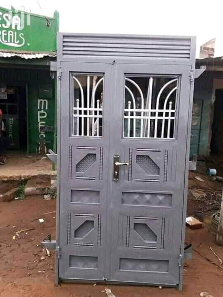 Strong Metalic Security Doors