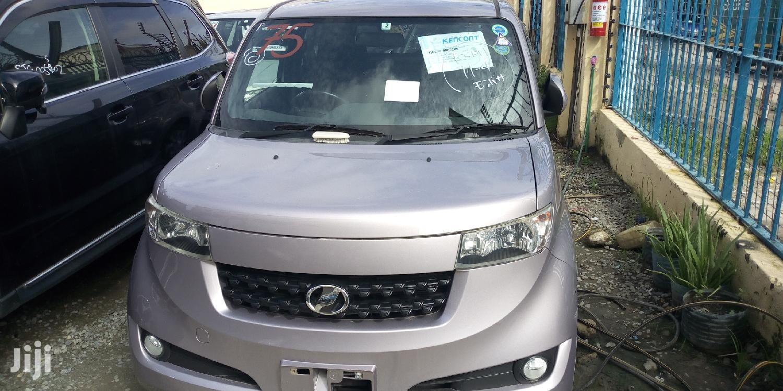 Toyota bB 2012 Gray