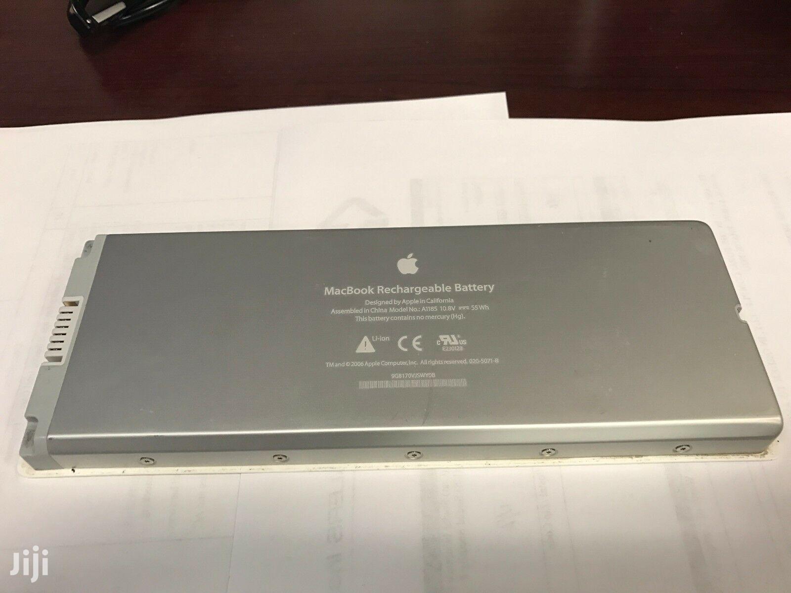 "Genuine Apple Macbook 13"" A1181 White Battery A1185 OEM"