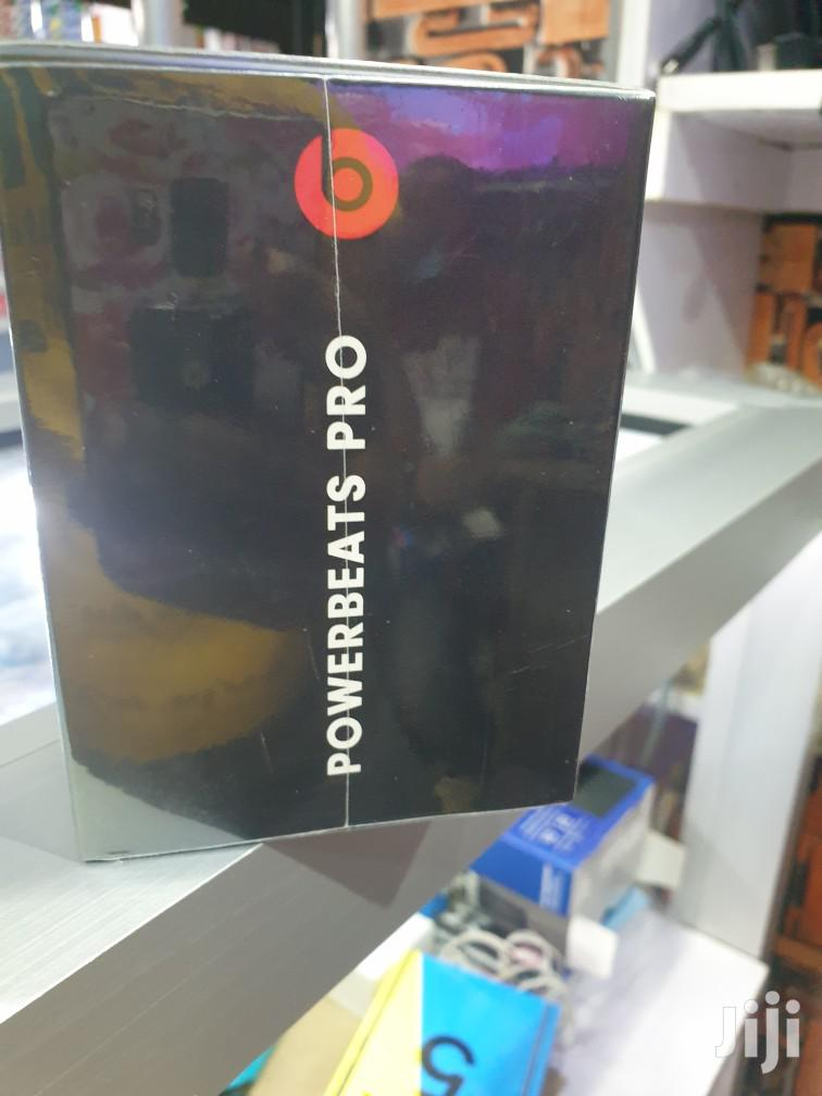 Archive: Powerbeats Pro Earphones