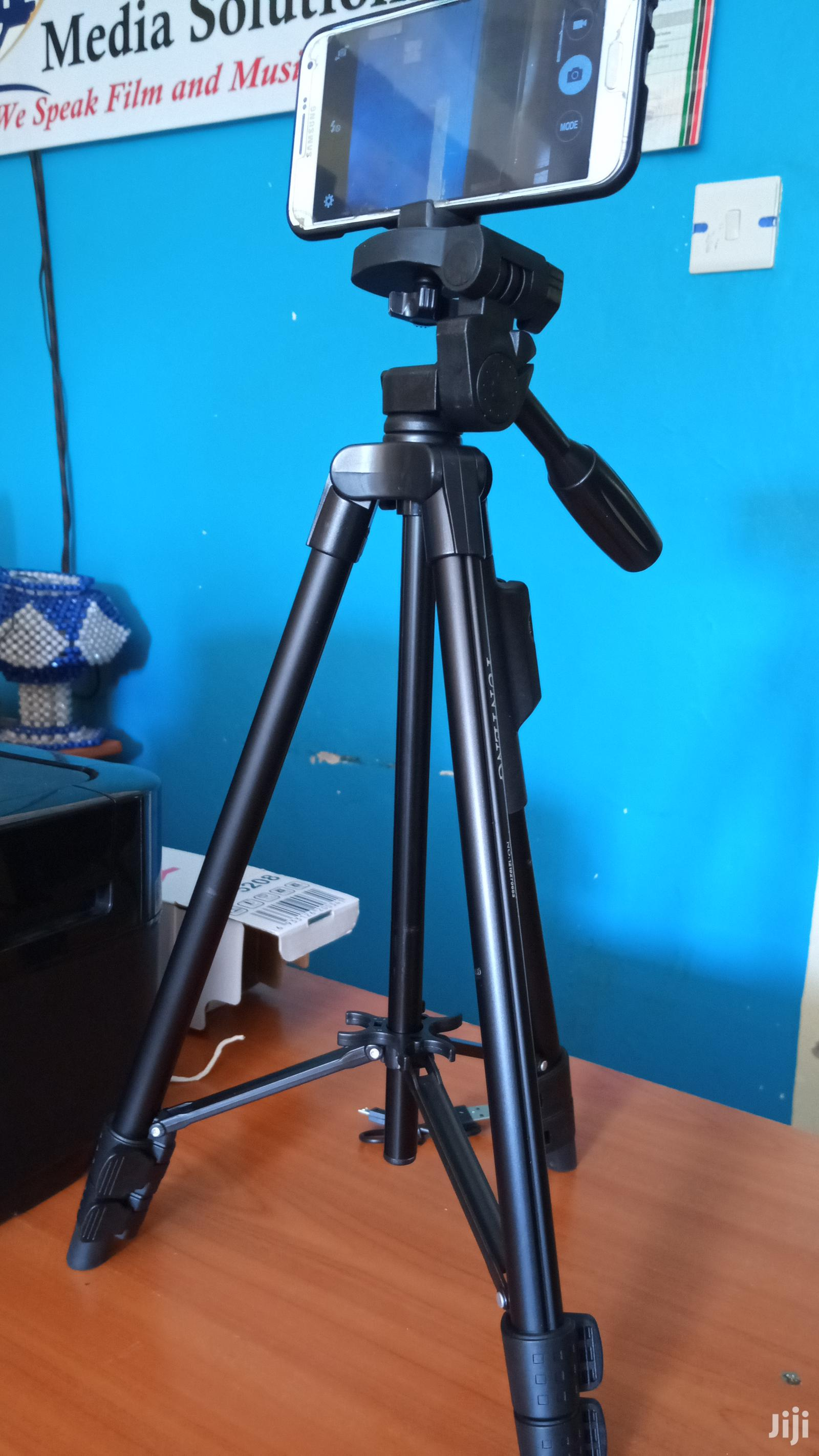 Tripod For Phone And Light Cameras With Remote Trigger   Accessories for Mobile Phones & Tablets for sale in Karen, Nairobi, Kenya