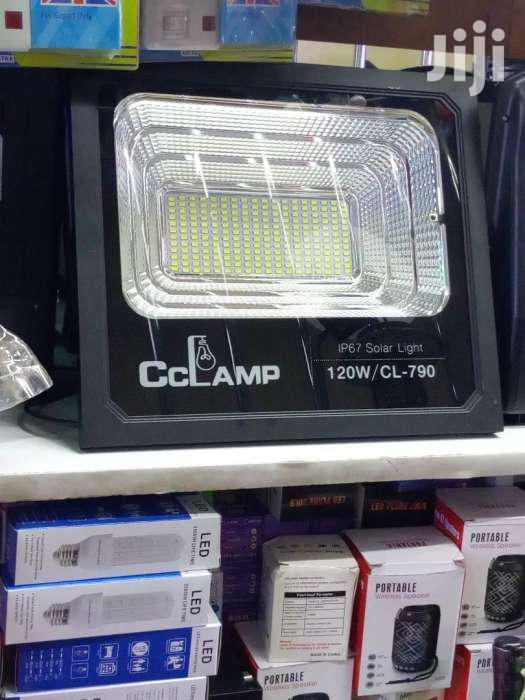 Solar Floodlight 120w Cc