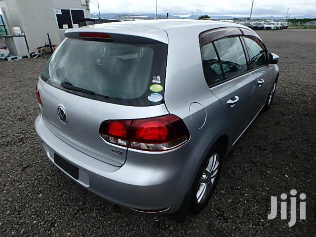 Archive: Volkswagen Golf 2012 Silver