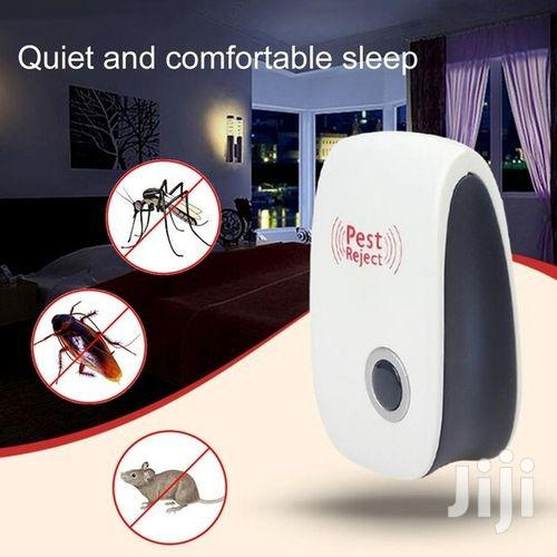 Archive: Electronic Ultrasonic Pest Repeller Control Flea Killer