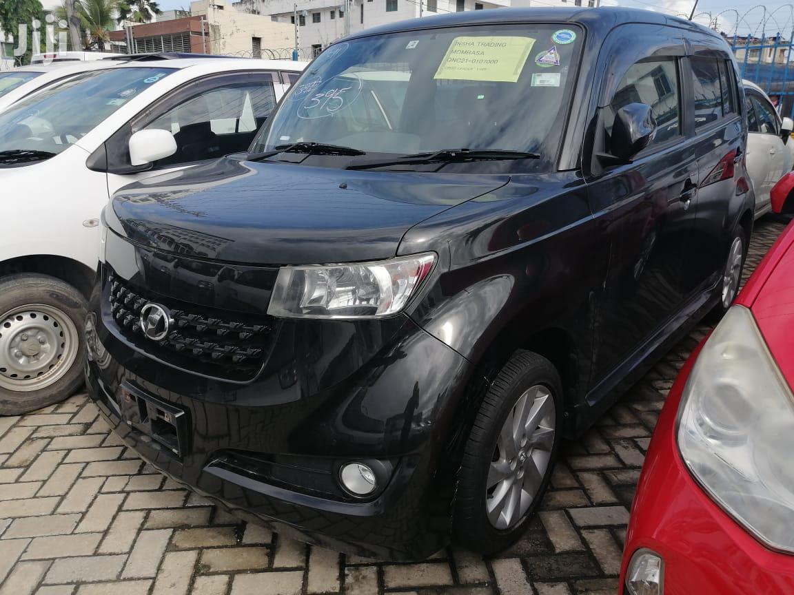 Toyota bB 2013 Black