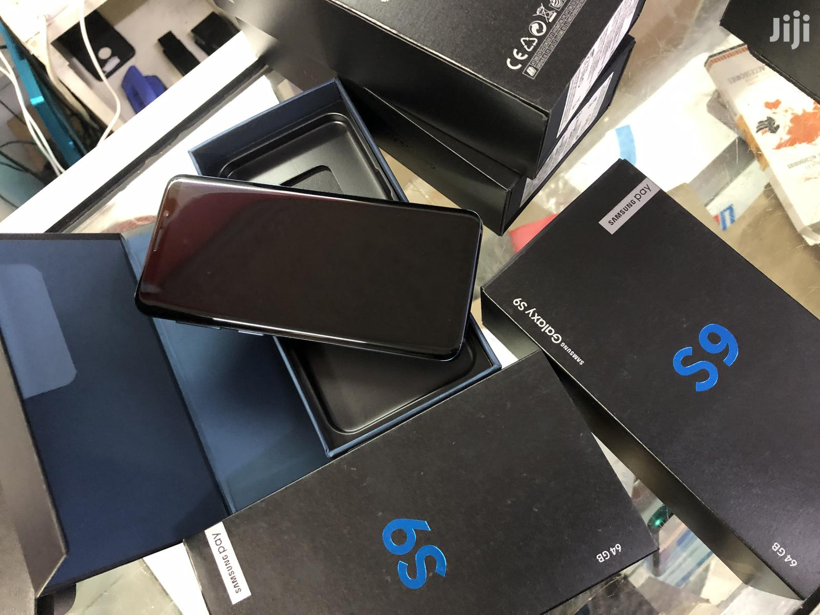 New Samsung Galaxy S9 64 GB Blue